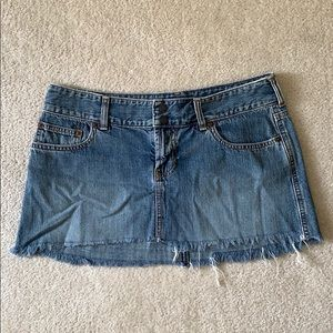 Abercrombie & Fitch Jean Mini Frayed Skirt